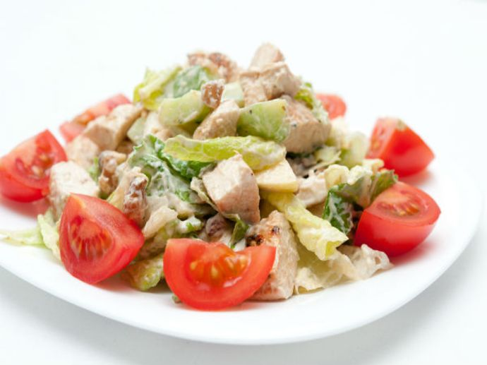 Soya nuggets salad